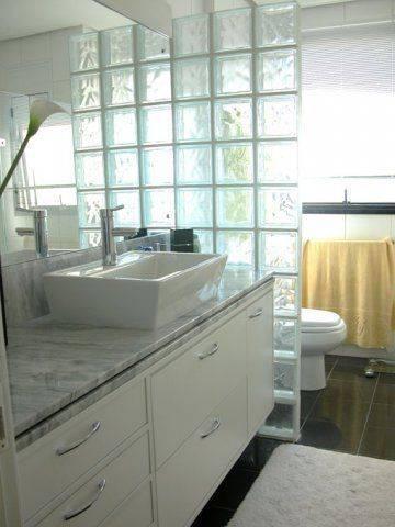 banheiro-com-bloco-branco