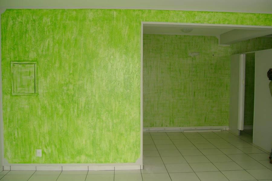 parede-verde-com-grafiato