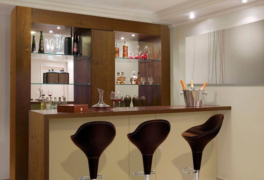 #474323 Salas com Barzinho Decorado Ideias Surpreendentes  880x600 píxeis em Bar Movel Sala Estar Moderno Colorido