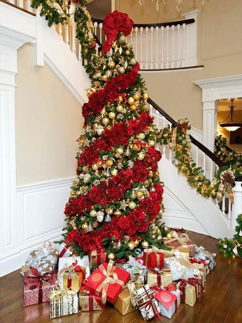 44 Árvores de Natal Decoradas Completamente Fascinantes!